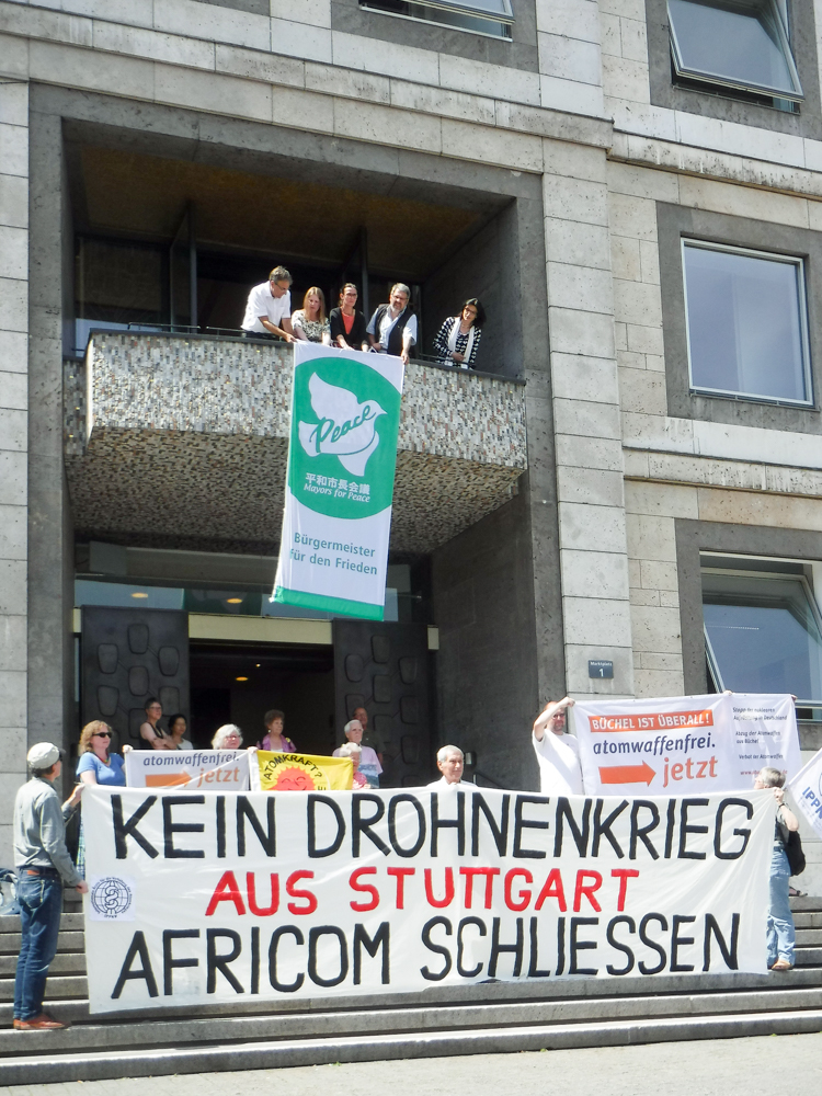 Mayors-for-Peace-Flaggentag 2016 in Stuttgart